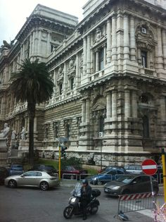 Palace of Justice Piazza dei Tribunali