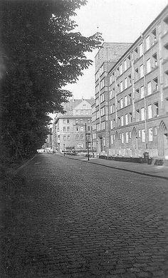 Rampenstraße - noch mit Hochhaus, vor dem Bombenangriff