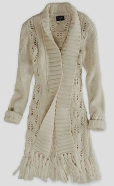 Farb-und Stilberatung mit www.farben-reich.com - Half white ladies long lace sweater fashion inspiration | Fashion World