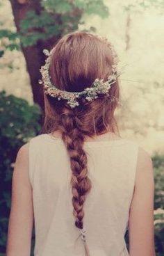 #wattpad #poesa Poemas no se... pensamientos.....alguna que otra historia de mi vida y la suya Te aseguro que todo lo que esta adentro de esto es mio y de ella, es un secreto pero.... no se lo cuentes a nadie al final conocerás su destino guárdalo y cuídalo pues muy pocas veces escribo lo que ella piensa