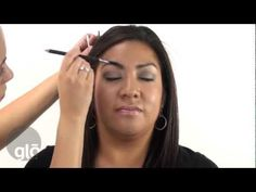 Kate McCarthy shows us how to emphasize brown eyes in this easy to follow makeup tutorial.