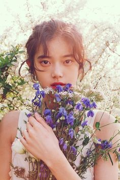Character Aesthetic, Aesthetic Photo, Girl Photo Poses, Girl Photos, Pose Reference Photo, Aesthetic People, Portrait Inspiration, Photography Photos, K Pop