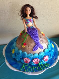barbie cakes for girls Hi5 to this fabulous Barbie birthday cake