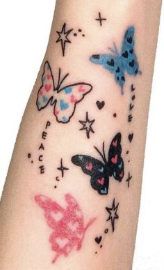 Cute Tats, Cute Tiny Tattoos, Dainty Tattoos, Dream Tattoos, Time Tattoos, Pretty Tattoos, Future Tattoos, Beautiful Tattoos, Body Art Tattoos