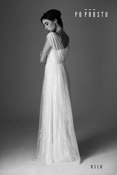 8a17808f62 Oslo Wedding Dress. Wedding dress designer. Suknia Oslo. Simple wedding  dress. Po