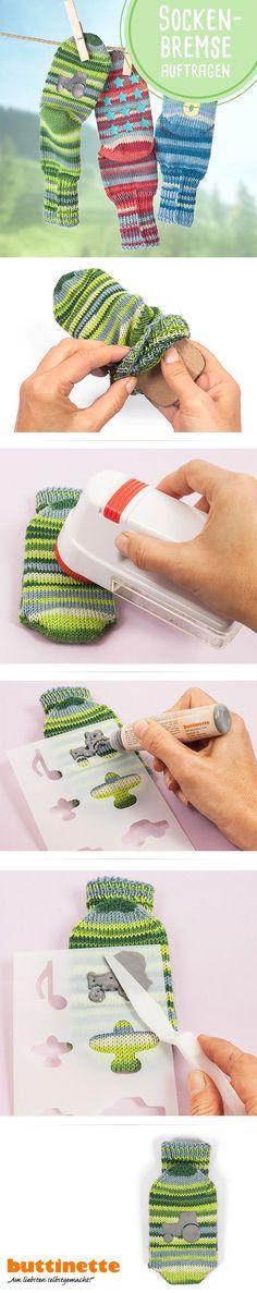 Sockenstop auftragen, so gehts!  #Stricken #Sockenstricken #Sockentstop #ABSSocken #Antirutschsocken #stricken #Anleitung #Tutorial #DIY