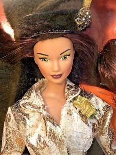 The New York Collection Candi Girls Couture Doll Hamilton Manhattan Gold Collector Dolls, Brunei, Trinidad And Tobago, Hamilton, Manhattan, Barbie, New York, Couture, Girls