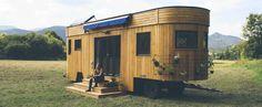 Dein Wohnwagon ist sowohl Außen & Innen liebevoll mit natürlichen Rohstoffen gefertigt. Hier findest du einen Überblick.