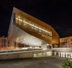 Castelo Branco Cultural Center | Josep Lluís Mateo; Photo: Adrià Goula | Bustler