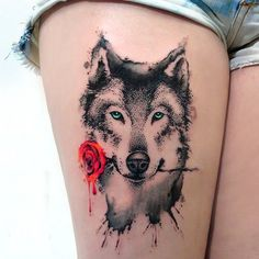Wolf Tattoos For Women - Yahoo Image Search Results Piercing Tattoo, Hawaiianisches Tattoo, Body Art Tattoos, Piercings, Tatoos, Ink Tattoos, Tattoo Wolf, Tattoo Tribal, Wolf Tattoo Back