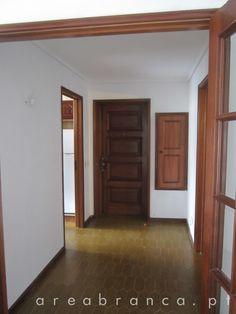 Hall de Entrada - Antes #areabranca #decoraçãointeriores #designinteriores #interior design #hall