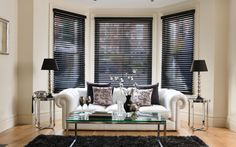 Aluminium Venetian Blinds create a modern, chic and clean look in your home. Fantastic light control and pull up neatly to the top of your window. https://www.blindinspiration.com.au/blinds/