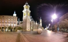 Plaza del Pilar en #Zaragoza, Aragón
