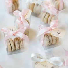 macaron favors are a perfect idea for wedding guests