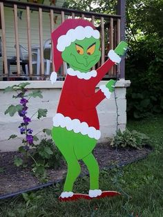 Grinch Christmas Standing Grinch Stealing by MikesYardDisplays Grinch Christmas Decorations, Christmas Yard Art, Winter Wonderland Christmas, Grinch Stole Christmas, Christmas Wood, Christmas Lights, Xmas, Office Christmas, Holiday Lights