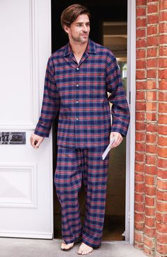 Brushed Cotton Elastic-Waist Men's Pyjamas. These classic men's pyjamas are made from the best quality brushed cotton-soft, cosy and perfect for early nights and relaxing mornings.