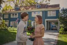 Lucas Hedges and Saoirse Ronan in Lady Bird.