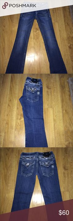 Miss me jeans Size 26. Boot cut style & very cute! Hardly/no flaws Pants Boot Cut & Flare
