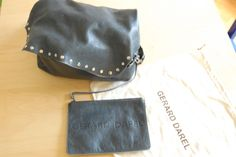 Gérard Darel's simple bag blue via Gaspard, Basile et Lulli. Click on the image to see more!