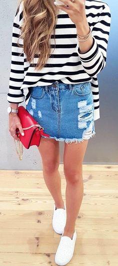 #winter #outfits #outfit#ootd#style#casual#casualstyle#casualgirl#lookoftheday#stylegirl#mode#fashion#fashionstyle#fashion#jeansskirt#denim#denimskirt#stripes#blackandwhite#polishgirls#redbag#instafashionista#modeblog#