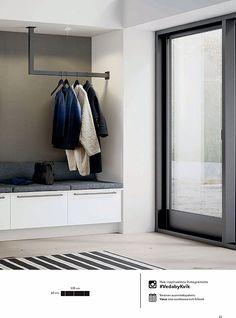 Vaatekaapit ja säilytysratkaisut 2016 - New Ideas Home Room Design, House Interior, Luxury Bedroom Design, Room Design, Luxurious Bedrooms, Home Decor Accessories, Entryway Decor, Wardrobe Room, Porch Storage