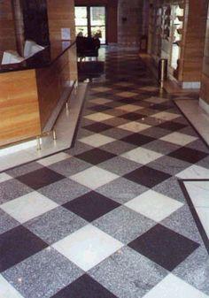 checkered gingham floor lvt maybe?