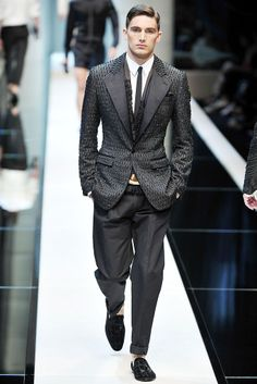 Dolce & Gabbana | Spring 2010 Menswear Collection | Style.com