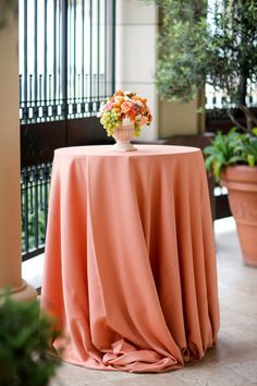 tablecloth - like this color for the cocktail hour tables