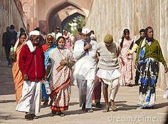 0877 Walking group indian people