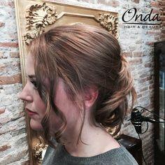 Peinado + recogido + maquillaje - Blow dry + hair up + make up by Onda Salon Team.  #OndaSalon #peinado #recogido #maquillaje #blowdry #hairup #makeup #peluqueriaBarcelona #peinadoBarcelona #recogidoBarcelona #maquillajeBarcelona #blowdryBarcelona #hairupBarcelona #makeupBarcelona #esteticaBarcelona #centrodeesteticaBarcelona #Barcelona #Barceloneta