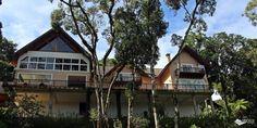 São dezenas de opções de hospedagem em Monte Verde e é comum que fiquemos meio