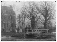 Bijlmermeer · november 1896 Kan je dit geloven ??? De Bijlmer !!!! Dit huis is afgebroken en in het Gein in  Abcoude weer opgebouwd.