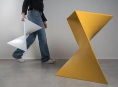 Vitro (Cappellini), 2006 - designer : Cédric Ragot, table d'appoint / tabouret