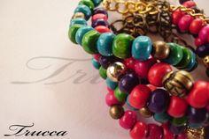 Pulseras / Bracelets.