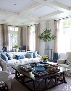 austin interior design - 1000+ images about Family oom on Pinterest South shore ...