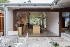 Completed in 2015 in Blueys Beach, Australia. Images by Shane Blue. Blueys Beach is a popular holiday destination, on the Mid North Coast of NSW. The original houses in this coastal village are simple fibro or...
