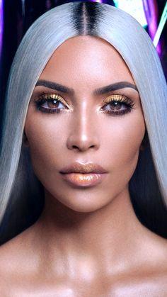 Pinterest: DEBORAHPRAHA ♥️ Kim kardashian gold highlighter for KKW Beauty collection. #kimkardashian #KKWBeauty #highlighters