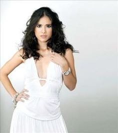Carolina Ramirez (Caleña)