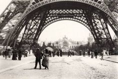 Born 1840 in Paris, French novelist, playwright, journalist Émile Zola was also the best-known practitioner of the literary school of natura. Old Paris, Vintage Paris, Tour Eiffel, Moving Walkway, Nobel Prize In Literature, World Of Tomorrow, History Of Photography, Photography Magazine, Vintage Photography