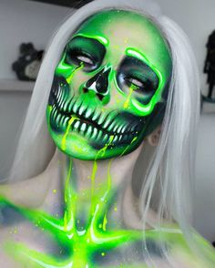 Halloween has begun well not exactly but Im too excited to wait a few more day Halloween Makeup Artist, Cute Halloween Makeup, Looks Halloween, Easy Halloween, Face Paint Makeup, Halloween Tutorial, Skull Makeup, Special Effects Makeup, Fantasy Makeup