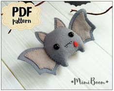Felt Halloween Bat Ornament Halloween Pattern Bat DIY Felt Ornament Halloween Tutorial Plushies Halloween Pattern Bat Halloween Felt Sewing - Diy & Crafts World Felt Halloween Ornaments, Halloween Bats, Felt Ornaments, Sewing Toys, Sewing Crafts, Diy Crafts, Simple Crafts, Easy Felt Crafts, Nerd Crafts