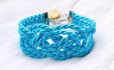 "BUY NOW!! - Satinkordelarmband mit Seemannsknoten ""Aqua Blue"" - ein Designerstück von Madamme-Julie bei DaWanda Satin, Aqua Blue, Etsy, Store, Bracelets, Jewelry, Wristlets, Jewlery, Jewerly"