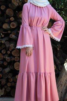 Source by tutukgonlum Long Dress Fashion, Modest Fashion Hijab, Pakistani Fashion Casual, Modern Hijab Fashion, Abaya Fashion, Muslim Fashion, Fashion Outfits, Hijab Evening Dress, Mode Abaya