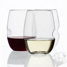 govino Stemless Shatterproof Wine Glasses with thumb-notch. Poly-carb wine glasses are the best idea since sliced bread.