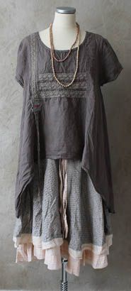 There is just something about this I really like. Add some leggings and a cardi and you have fall casual cute and comfy