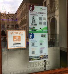 Cómo luce el cartel de @nekatur_euskadi en la oficina de #turismo de #Vitoria #Gasteiz @turismo_vitoria @alavaturismo