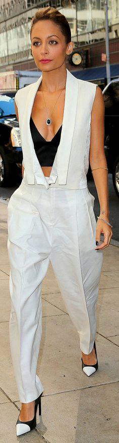 Black accents this white ensemble perfectly #nicoleritchie #white #texedo #pants #waistcoat #black #bra #monochrome #pumps #stunning #style #fashionista #celebrity