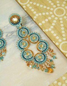 Fractalis, clip on beaded earrings OOAK, brick stitch style Seed Bead Crafts, Seed Bead Jewelry, Seed Bead Earrings, Seed Beads, Beaded Tassel Earrings, Earrings Handmade, Beaded Jewelry Patterns, Beading Patterns, Swarovski