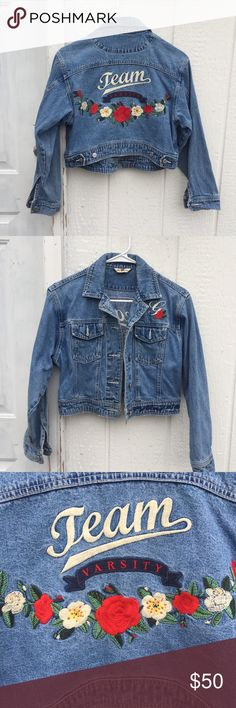 GAP Original Denim Cropped Jacket This is a classic 90s piece! So cute and perfect for spring. It's in great vintage condition. The stitching is in perfect condition. The size is L/XL but fits more like a M. The true fashionista will have this piece in her closet! GAP Jackets & Coats Jean Jackets