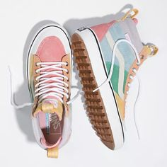 Browse bestselling Shoes at Vans including Women's Classics, Slip-On, Surf and Sandals. Shop at Vans today! Hype Shoes, Women's Shoes, Me Too Shoes, Shoes Style, Good Shoes, Shoes Men, Cool Vans Shoes, Cute Shoes Boots, 90s Shoes